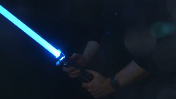 recrean-el-sable-laser-de-star-wars-con-una-nueva-patente-de-disney